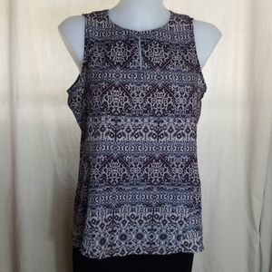 Violet + Claire Sleeveless Top Size M